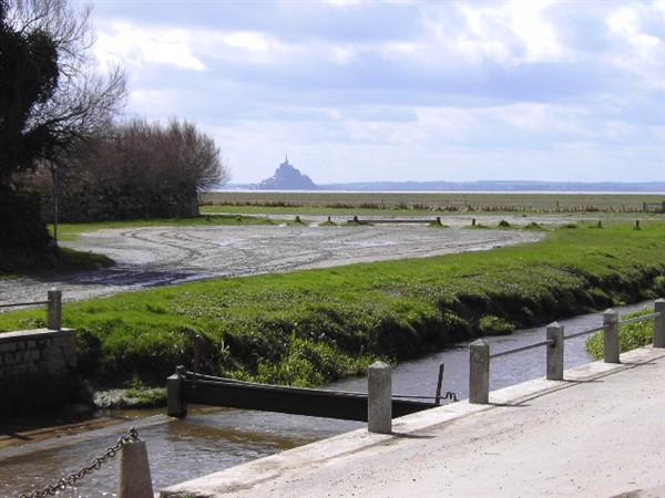Vue de Genêts sur la baie du Mt St Michel