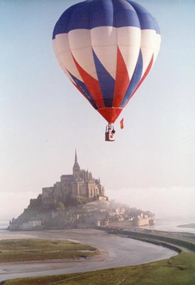 montgolfiere mont st michel